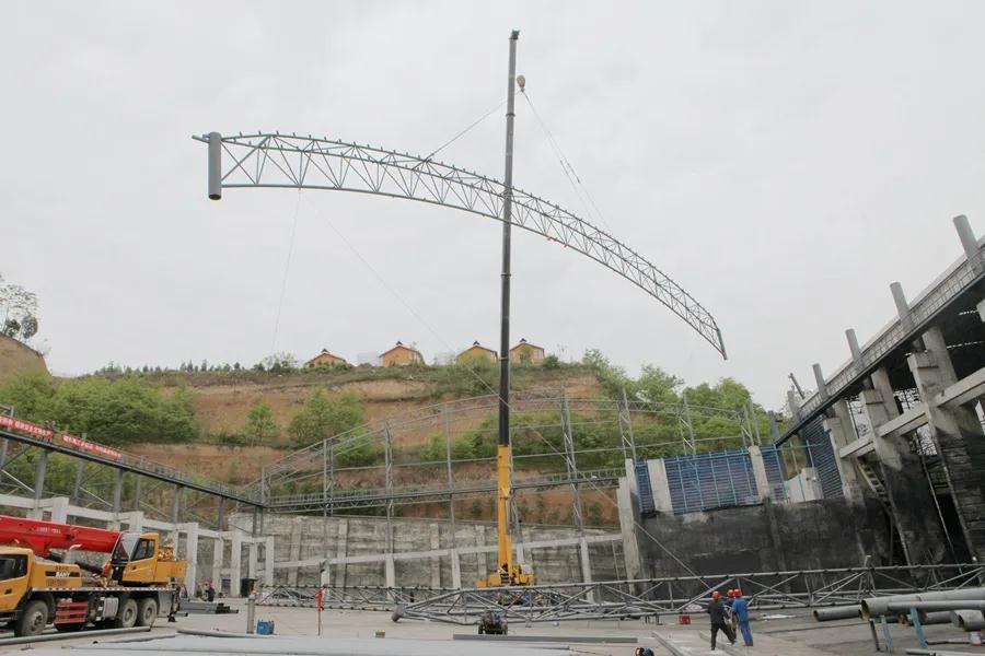 【工程瞭望】龙山热源煤场全封闭改造项目举行上梁仪式